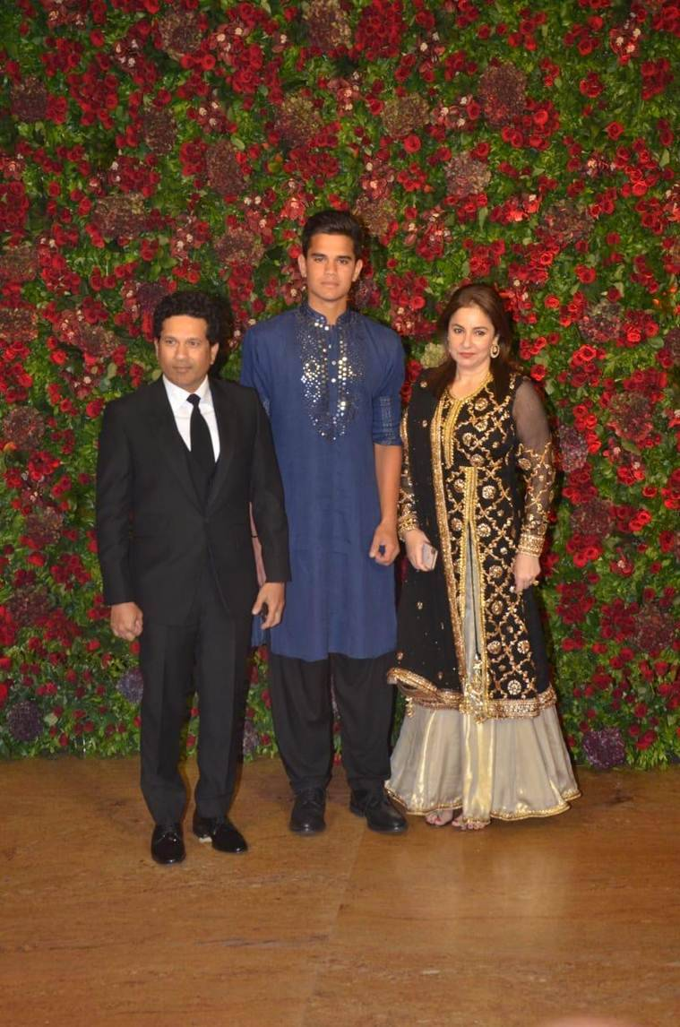 Images: MS Dhoni, Hardik Pandya Looks Dazzling at Deepika-Ranveer Wedding Reception
