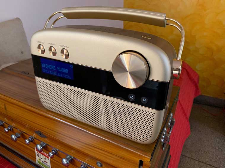Saregama Carvaan Gold, Saregama Carvaan Gold review, Saregama Carvaan Gold price, Saregama Carvaan Gold price in India, Saregama Carvaan Gold features, Saregama Carvaan Gold specifications, Saregama Carvaan Gold sale
