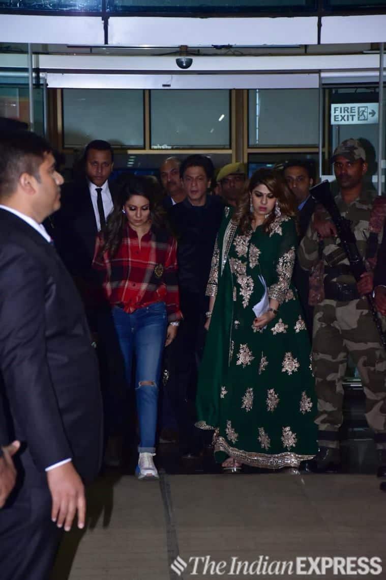 shah rukh khan isha ambani wedding