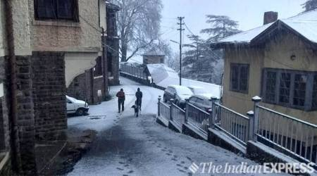After decades, Shimla witnesses pre-Christmas snowfall