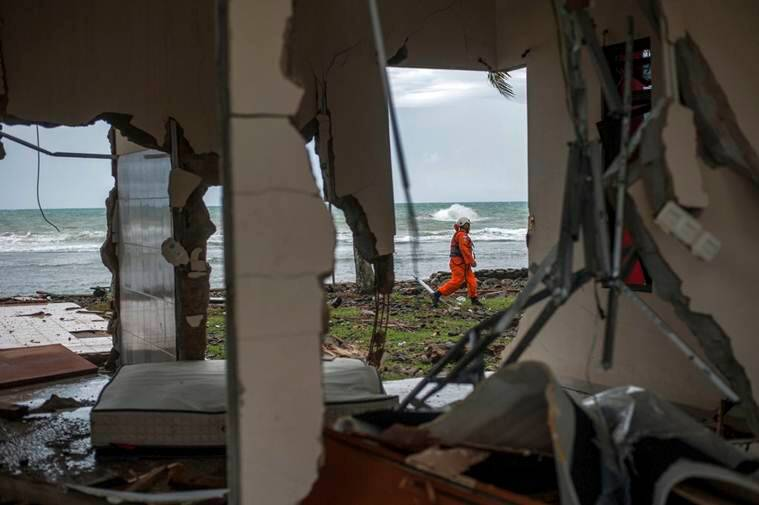 Indonesia tsunami: Videos, pictures show trail of destruction on islands of Java and Sumatra
