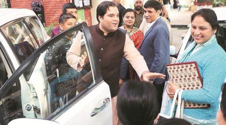 Lok Sabha elections 2019: Will help with jobs even if you don't vote for me, Varun Gandhi tells Muslim voters in Pilibhit