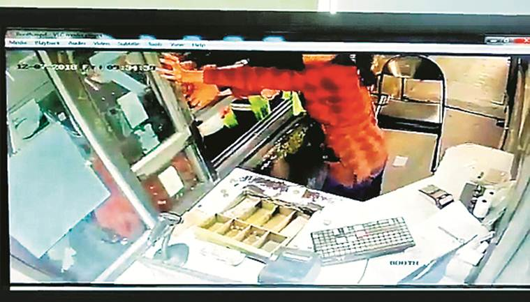 Employee run over, another beaten up at Gurgaon toll plaza