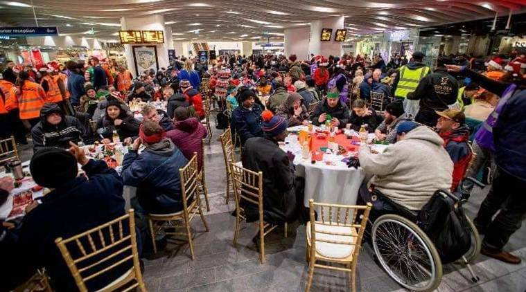 Midland Langar Seva Society (MLSS), an organisation run by Randhir Singh Heer and Parmjit Singh organised a feast by converting a part of the New Street Station into a dining hall for over 200 homeless people.
