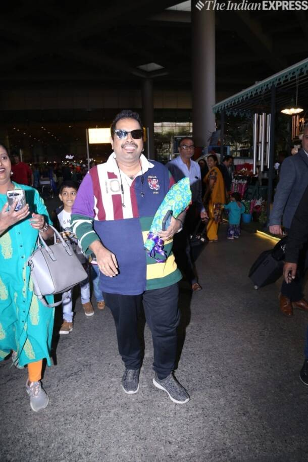 shankar mahadevan at airport