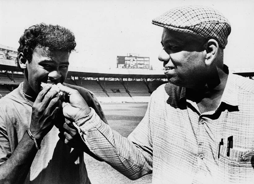 Cricketer Vinod Kambli and his coach Ramakant Achrekar.
