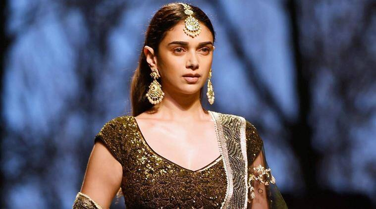 Aditi Rao Hydari, Boho chic, boho sari fashion, Aditi Rao Hydari ethnic, Aditi Rao Hydari fashion, bollywood contemporary sari looks, indian express, indian express news