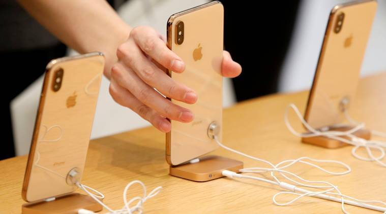 apple, apple iphone, apple users, apple iphone, Apple MacBook Air, iphone X, iphone 6s, tim cook, indian express, tech news, latest news