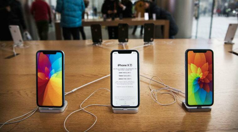 Apple to release three new iPhones amid struggling sales class=