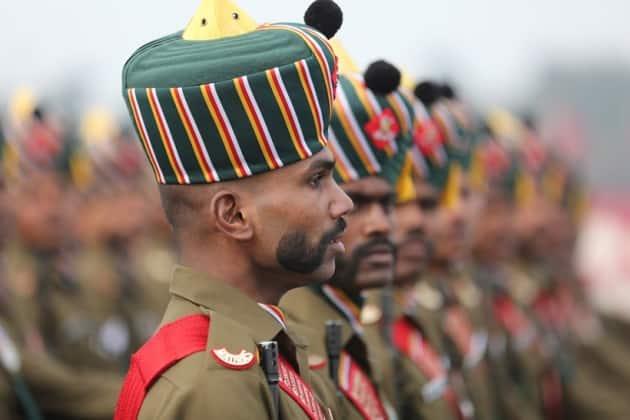 Army Day celebrations 2019: Chief Gen Bipin Rawat reviews parade