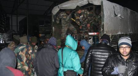 The Indian Army rescued nearly 3,000 tourists stranded in Darjeeling and Gangtok on December 28 and 29. (Twitter/@adgpi)
