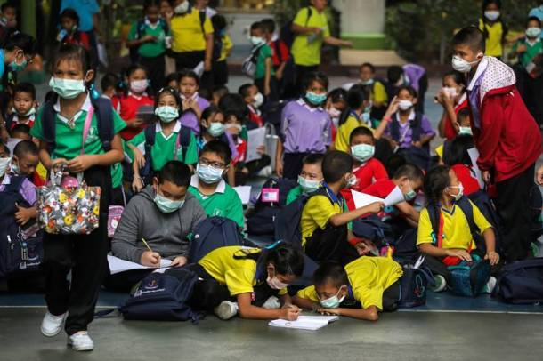 Severe air pollution forces Bangkok to close hundreds of schools