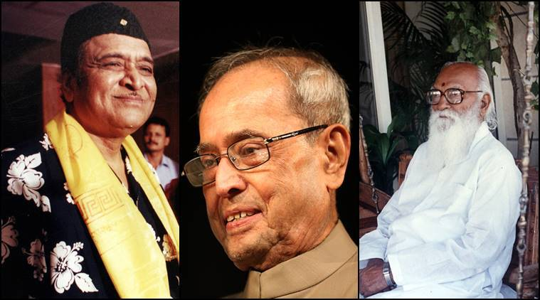 Pranab Mukherjee conferred with Bharat Ratna along with Nanaji Deshmukh, Bhupen Hazarika