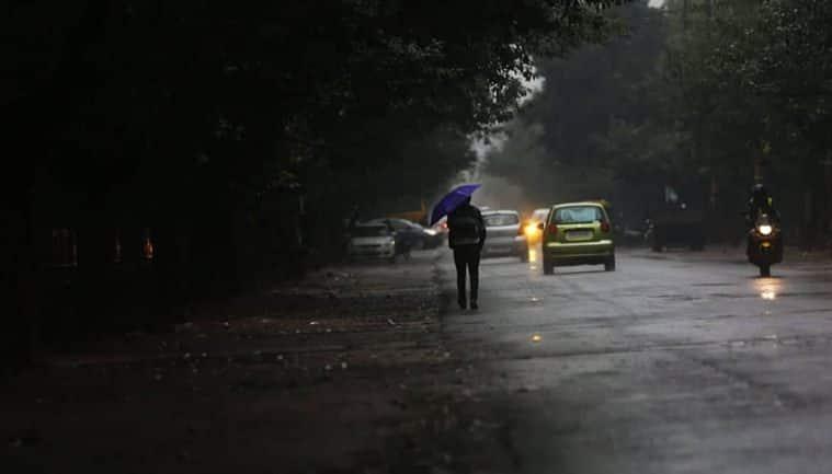 Delhi weather today LIVE updates: As rains lash NCR, AQI ...