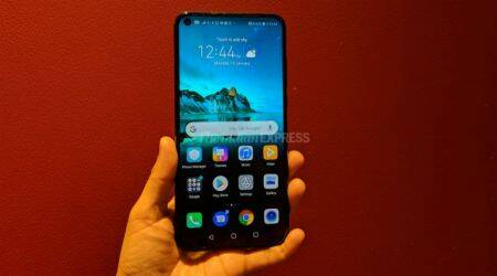 Honor View20, Honor View20 launch in India, Honor View20 price in India, Honor View20 specifications, Honor View20 review, Honor View20 Amazon India, Honor View20 sale date, Honor View20 features