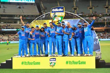 India vs Australia: MS Dhoni anchors, Kedar Jadhav finishes as India win ODI series