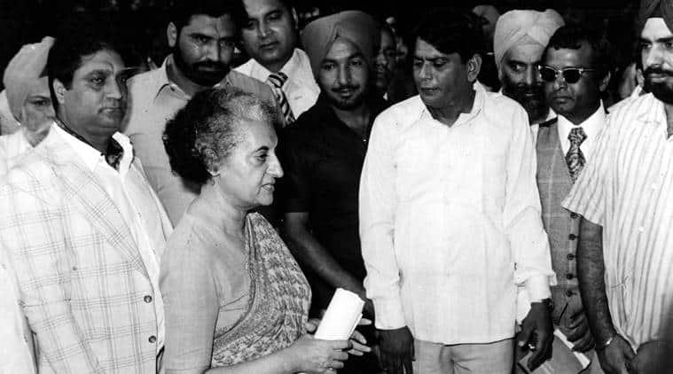 Gyan Prakash, Emergency, 1975, Jayaprakash Narayan, Indira Gandhi