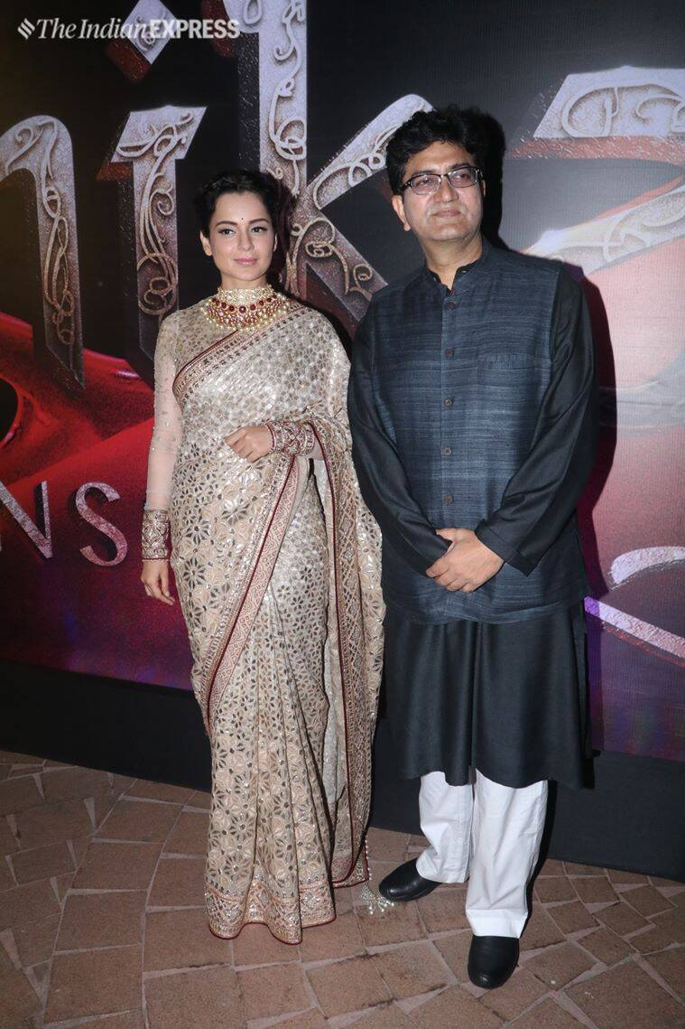 kangana and prasoon joshi at manikarnika song event