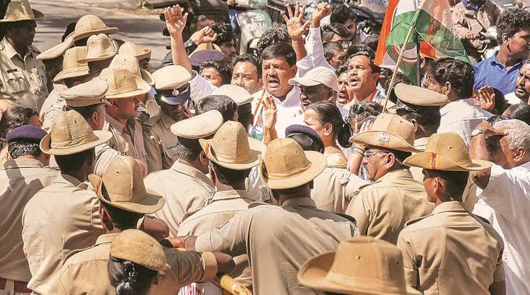 karnataka-as-more-cong-mlas-return-all-eyes-on-party-meet-today