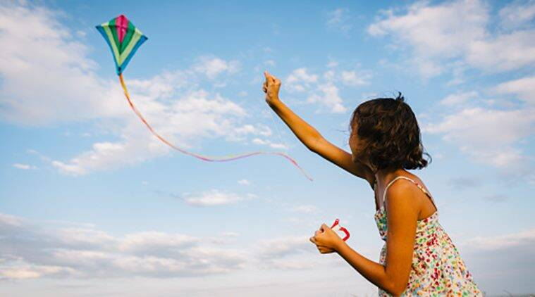 makar sankranti kite flying