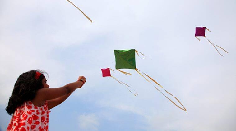 makar sankranti kite flying