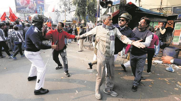Day 2 of strike called by Left-backed trade unions: 2 children hurt as protesters smash car in West Bengal