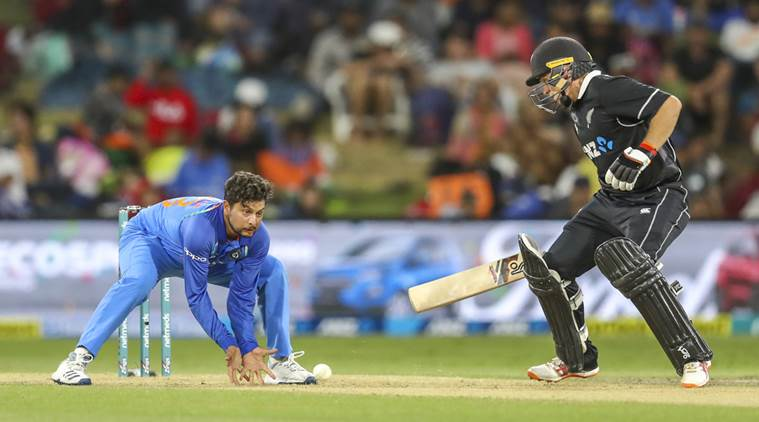 kuldeep yadav, kuldeep yadav india, icc cricket world cup, india vs australia, kuldeep yadav wickets, ms dhoni, dhoni kuldeep, india cricket team, cricket news, sports news, indian express