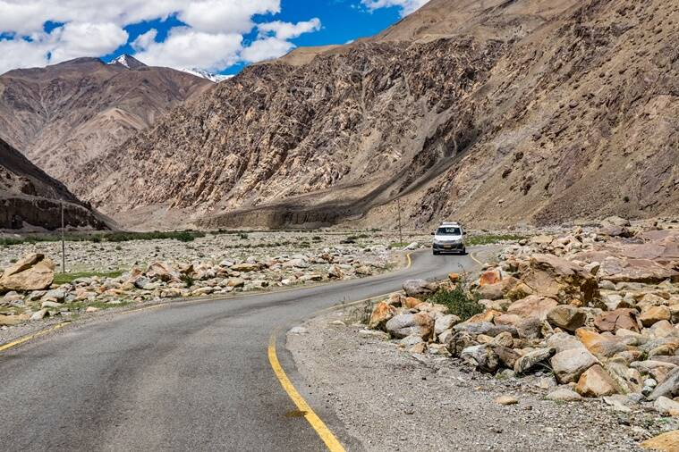 travelling, train journeys, Delhi to Leh, Delhi, Leh, Leh Ladakh, highest rail route in the world, Sundernagar, Mandi, Manali, Keylong, Koksar, Darcha, Upshi, Karu, China, Qingzang Railway, Qinghai-Tibet Railway Line in China, Ladakh region, indian express, indian express news