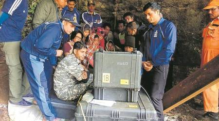 https://indianexpress.com/article/north-east-india/meghalaya/meghalaya-mine-collapse-navy-discovers-second-body-5556101/