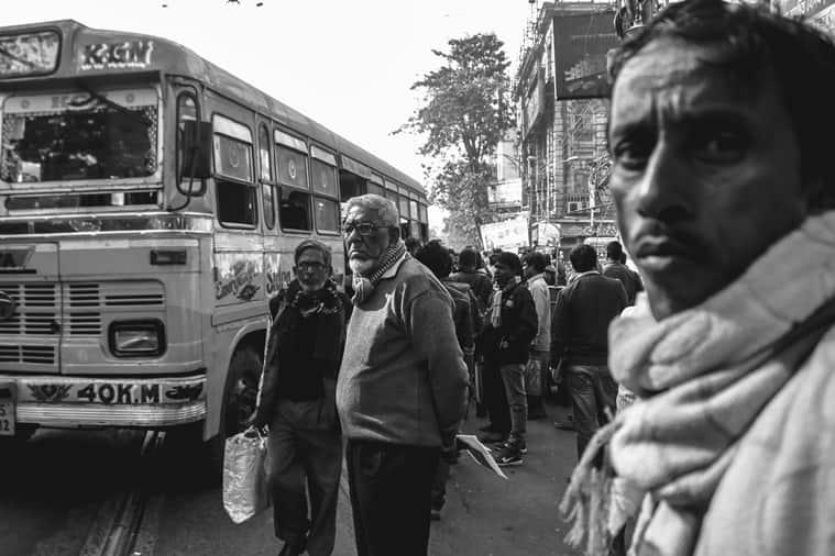 Kolkata, Deshapriya Park, Mrinal Sen, Kunal Sen, actor-director-songwriter, Anjan Dutta, Sandip Ray, Ranjit Mullick, Kharij, Bengali, Mrinal Sen films, Mrinal Sen, Neel Aakasher Neechey, Chinese, Akash Kusum, Howrah Bridge, Calcutta 71, Calcutta trilogy film, Interview, Golpo Holeo Shotti, Bawarchi, Hrishikesh Mukherjee, indian express, indian express news