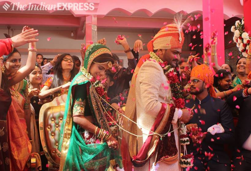 Hardik Patel ties the knot in a simple ceremony at a temple in Gujarat