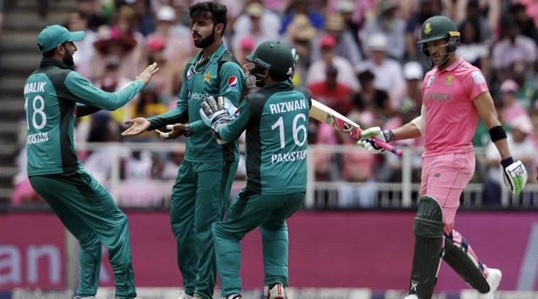 Pakistan hammers South Africa by 8 wickets