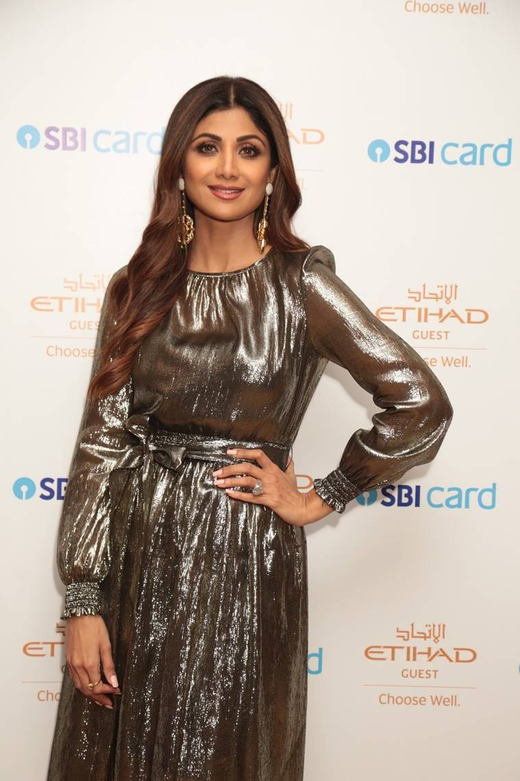 shilpa shetty, Super Dancer Chapter 3, ek ladki ko dekha toh aisa laga, shilpa shetty style, shilpa shetty pics, shilpa shetty fashion, shilpa shetty photos, shilpa shetty latest news, shilpa shetty updates, celeb fashion, bollywood fashion, indian express, indian express news