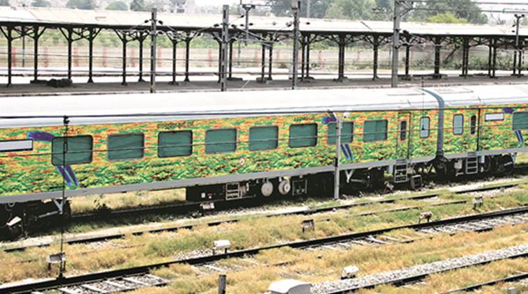 Delhi: Armed men rob passengers as train halts for 10 mins due to 'signal glitch'