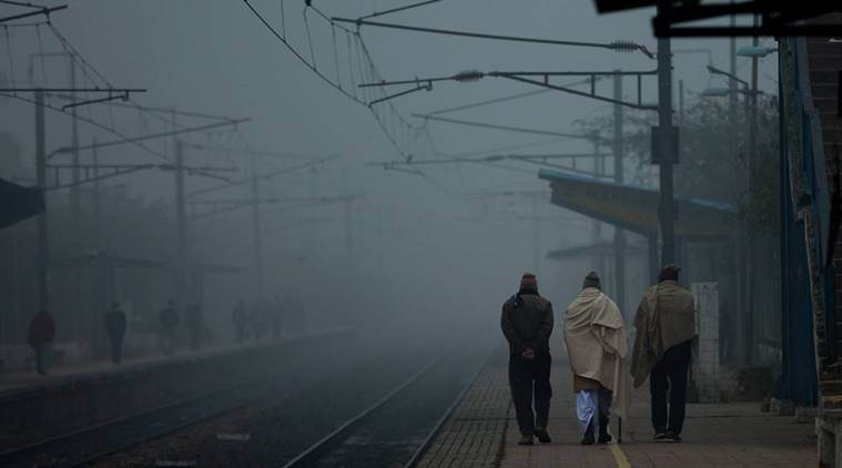 fog, low visibility, delhi weather, north india weather, fog delay, train delay, train late, northern railway, indian railways, indian express