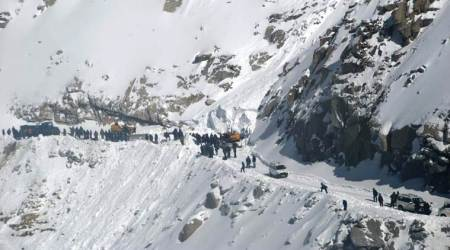 Two bodies recovered from avalanche-hit Khardungla Pass, toll reaches 7