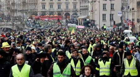 protest yellow vest, yellow vest movement, president emmanuel, france politics, citizen's initiative rally, french movement, french right wing, france republicans, world news, indian express news