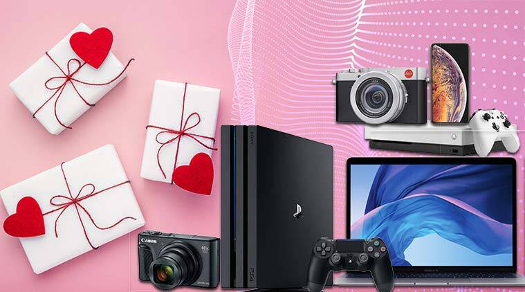 Valentine's Day, Valentine's Day gifts, Valentine's Day tech gifts, Valentine's Day best gifts, Valentine's Day gift guide, PlayStation 4 Pro, Xbox One X, Apple MacBook Air 2018, Surface Laptop 2, Canon PowerShot SX740 HS, Leica D-Lux 7, Dyson Air Wrap, Apple Watch Series 4 with LTE, Apple iPhone XS Max