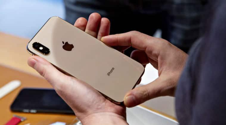 Apple, Apple apps banned for Google, Apple pulls apps from Google, Apple vs Google, Apple iPhone, Facebook app banned, Apple bans Facebook