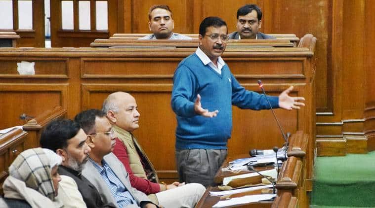 arvind kejriwal, arvind kejriwal indefinite hunger strike, kejriwal on dharna, arvind kejriwal to sit on dharna, full statehood status for delhi, aam aadmi party