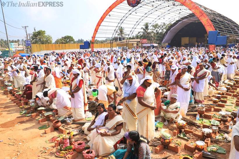 Lakhs Of Women Took Part In The Historic Attukal Pongala Festival Kerala Wednesday Prepare An Offering Makeshift Brick Stoves