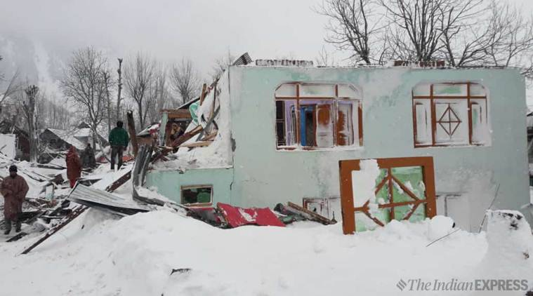 Avalanche hits Kashmir's Gurez sector, several houses damaged