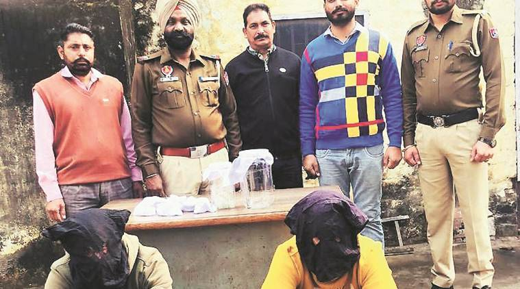 Mohali: CIA arrests two with 10 gm heroin, pistol, 3 live cartridges
