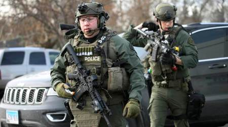 five killed, five killed in illinois, illinois, chicago, gunman, aurora, police, mass shoooting, united states, world news, indian express news
