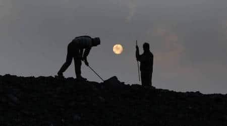 flip ratio between fossils and renewables in India's energy basket