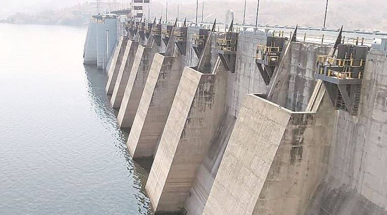 What led to mass fish death in Narmada dam? Maybe a tremor