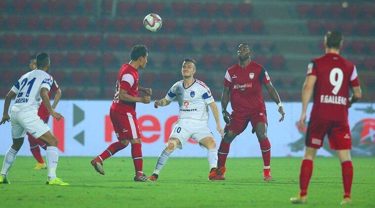 NorthEast United win a point after 1-1 draw with Delhi Dynamos