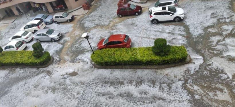 Rains and hailstorm hit Delhi-NCR