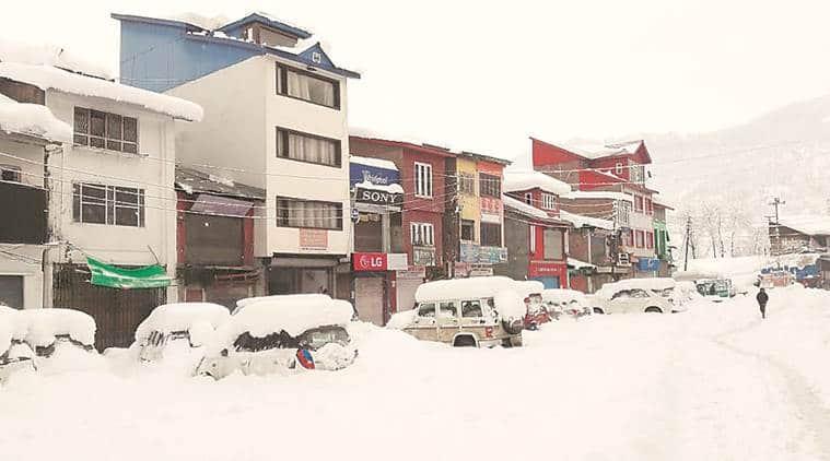 Jammu-Srinagar NH closed due to fresh landslides