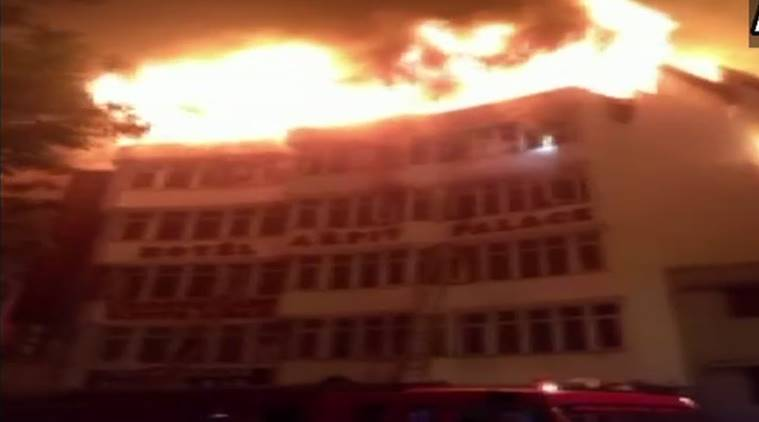 Delhi: Fire breaks out at Karol Bagh hotel, one dead